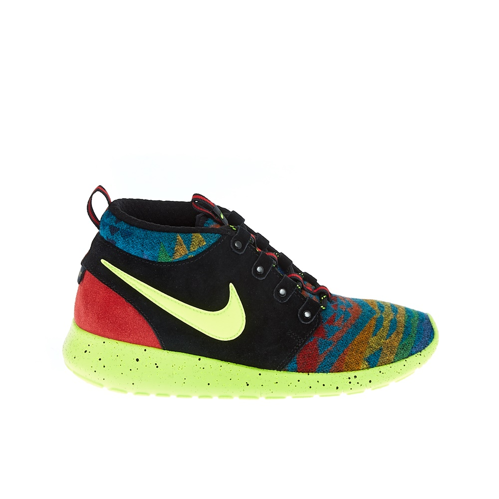 NIKE – Παιδικά παπούτσια NIKE ROSHE ONE MID WINTER PEND μαύρα