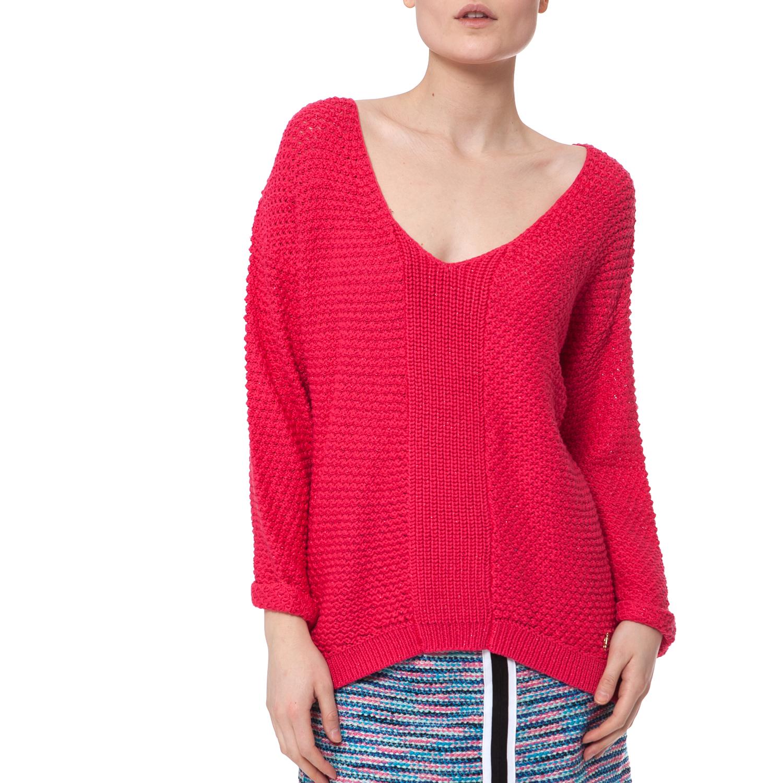 JUICY COUTURE - Γυναικείο πουλόβερ Juicy Couture φούξια-κοραλί γυναικεία ρούχα πλεκτά ζακέτες πουλόβερ