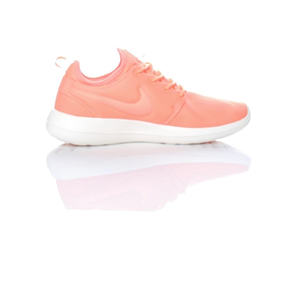 NIKE - Γυναικεία παπούτσια Nike ROSHE TWO πορτοκαλί γυναικεία παπούτσια αθλητικά running