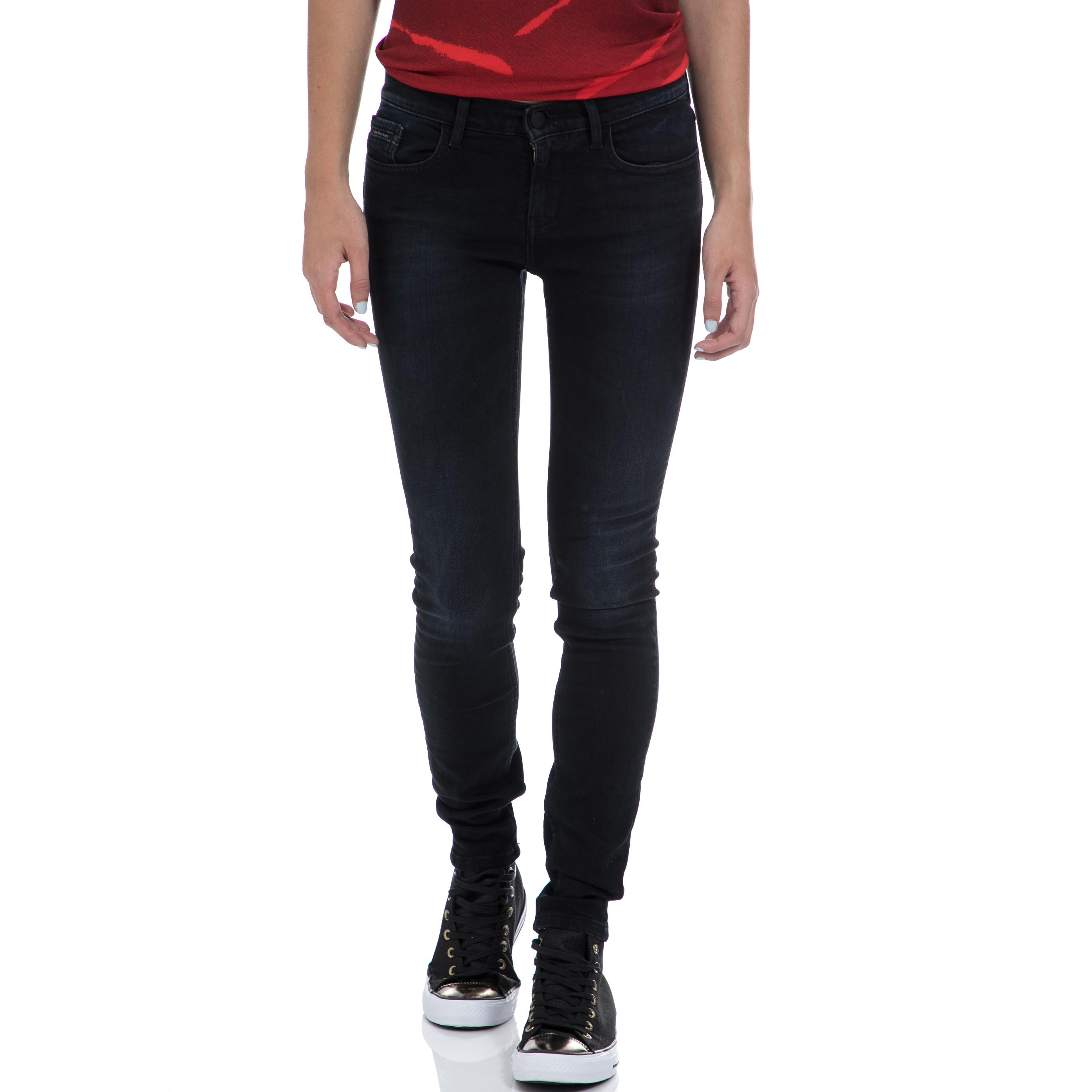 CALVIN KLEIN JEANS – Γυναικείο τζιν παντελόνι CALVIN KLEIN JEANS μπλε