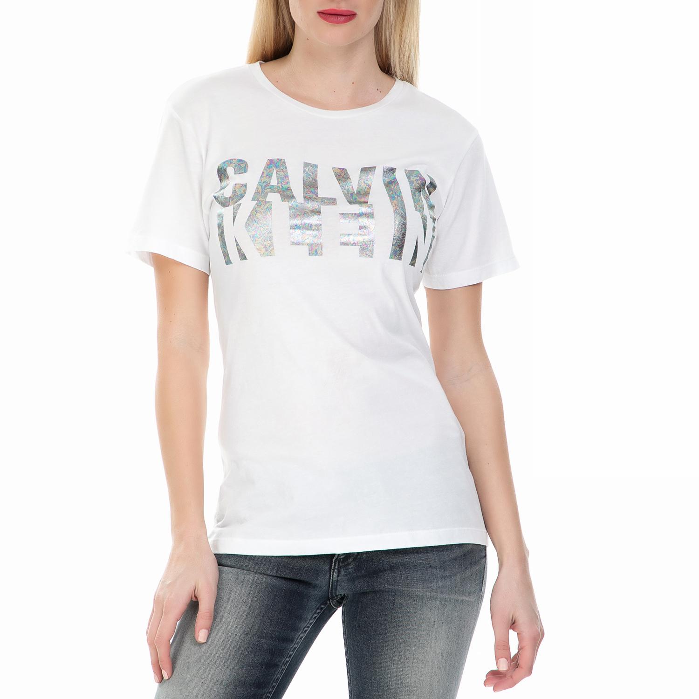 8aba9b896771 CALVIN KLEIN JEANS – Γυναικεία κοντομάνικη μπλούζα Calvin Klein Jeans λευκή